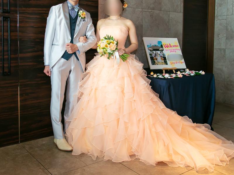 横浜モノリスでお色直し。ノバレーゼのカラードレス