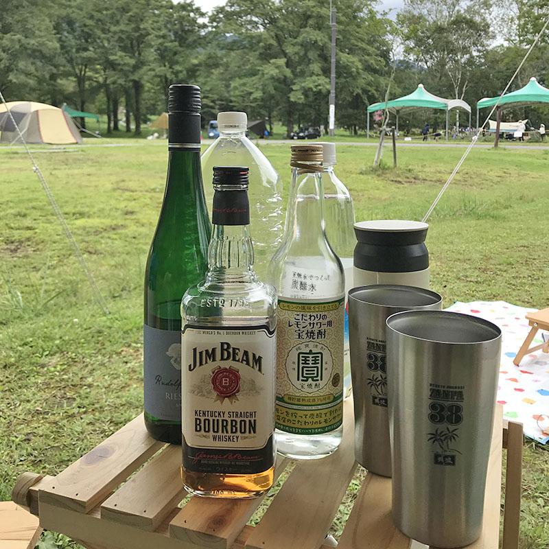 キャンプでお酒は常温保存
