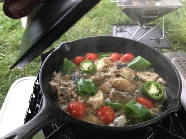 サバ缶アヒージョ、キャンプに最適では?メリットと作り方【お酒に合う簡単キャンプ料理】