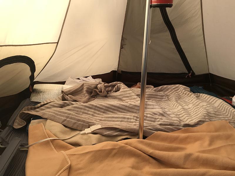 picaさがみ湖セットアップテントサイトのテント内
